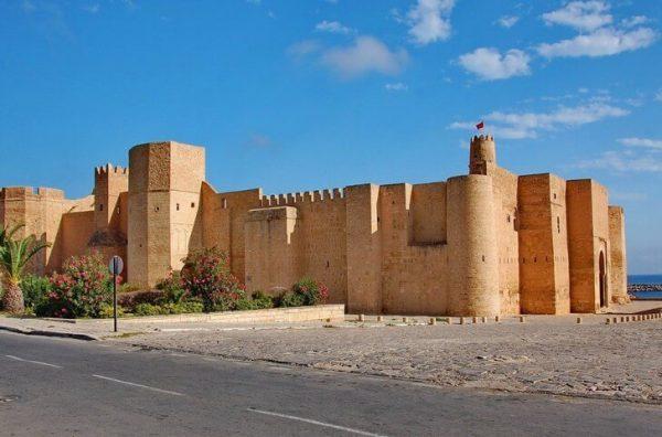 Крепость Рибат Хартем в Монастире