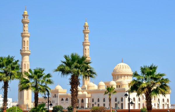 Мечеть Абдульхасана Эльшази в Хургаде