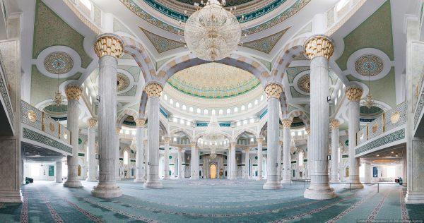 Мечеть Хазрет Султан изнутри