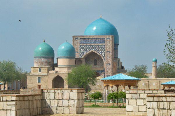 Мечеть Кок Гумбаз