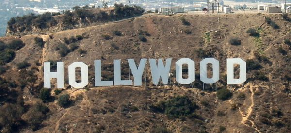 Надпись HOLLYWOOD в Лос-Анджелесе