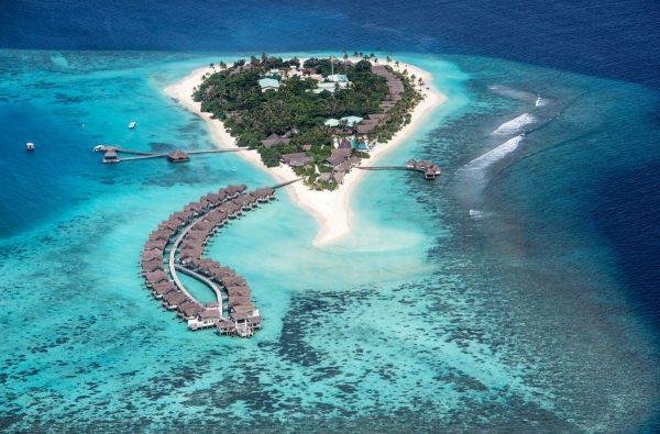 Один из островов атолла Раа
