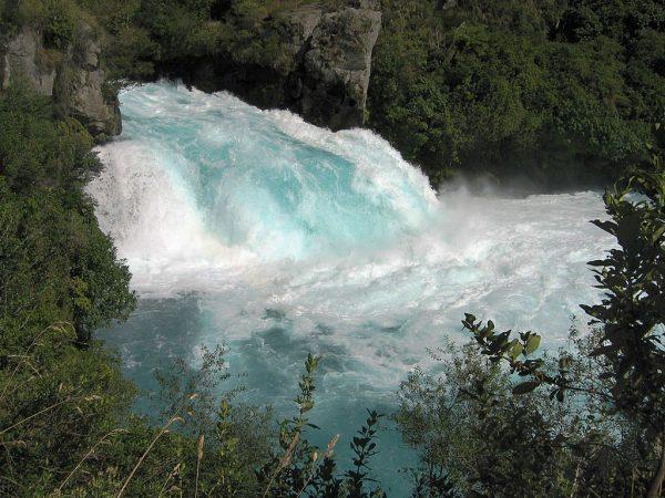 Один из водопадов Хука
