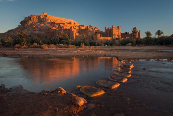 Мешки рядом с крепостью Айт-Бен-Хадду
