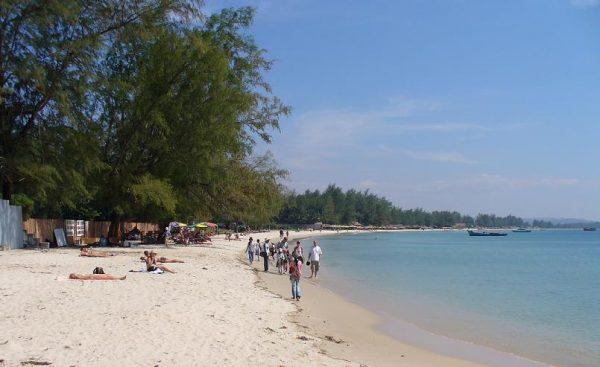 Пляж Серендипити в Сиануквиле
