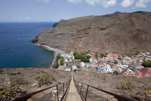 Вид с вершины лестницы Якоба