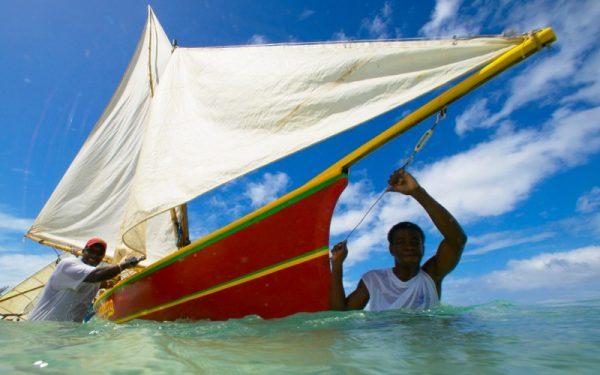 Рыбаки в посёлке Гуяве