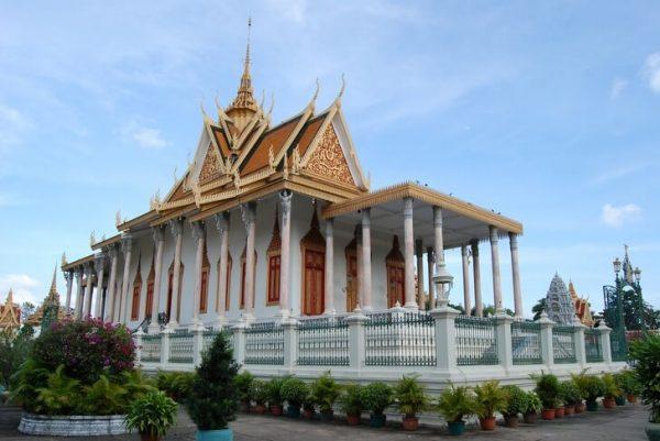 Серебряная пагода в столице Камбоджи