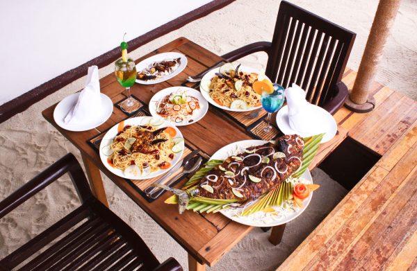 Ужин на Мальдивах