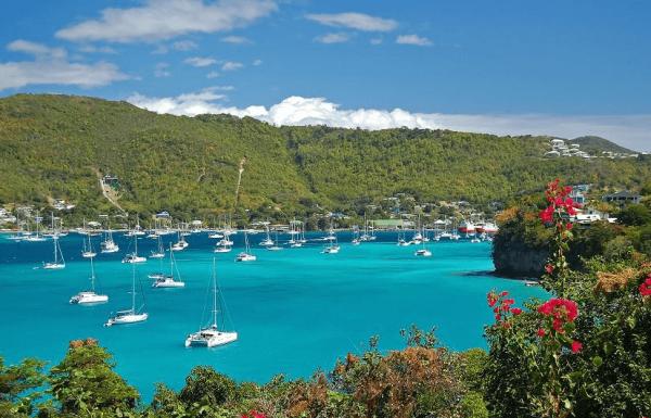Вид на бухту острова Гренада