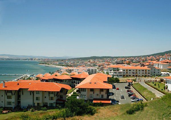 Вид на курорт Святой Влас в Болгарии