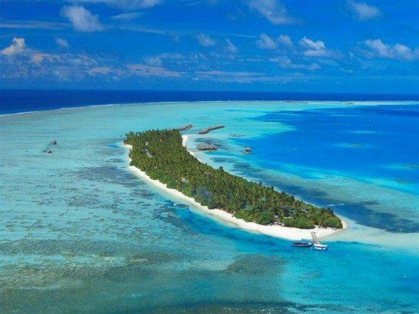 Вид на один из островов атолла Мииму