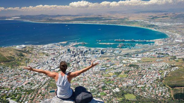 Вид со Столовой горы на Кейптаун