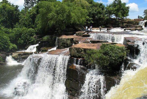 Водопад Кбал Чхай в Сиануквиле
