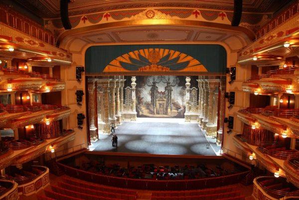 Зал театра оперы и балета «Астана–опера»