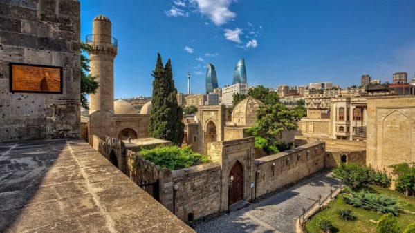Старый район Ичери-шехер в Баку