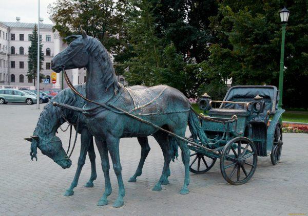 Скульптура «Экипаж»