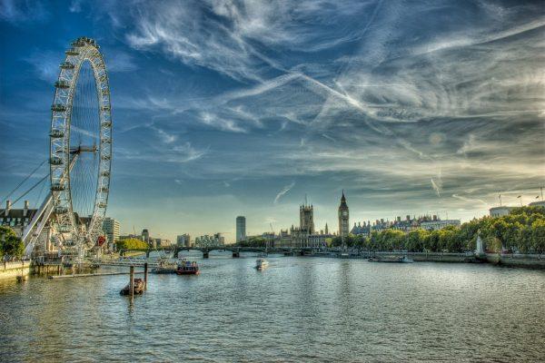 Лондонский глаз, Темза и район Вестминстер