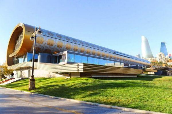 Азербайджанский музей ковра в Баку