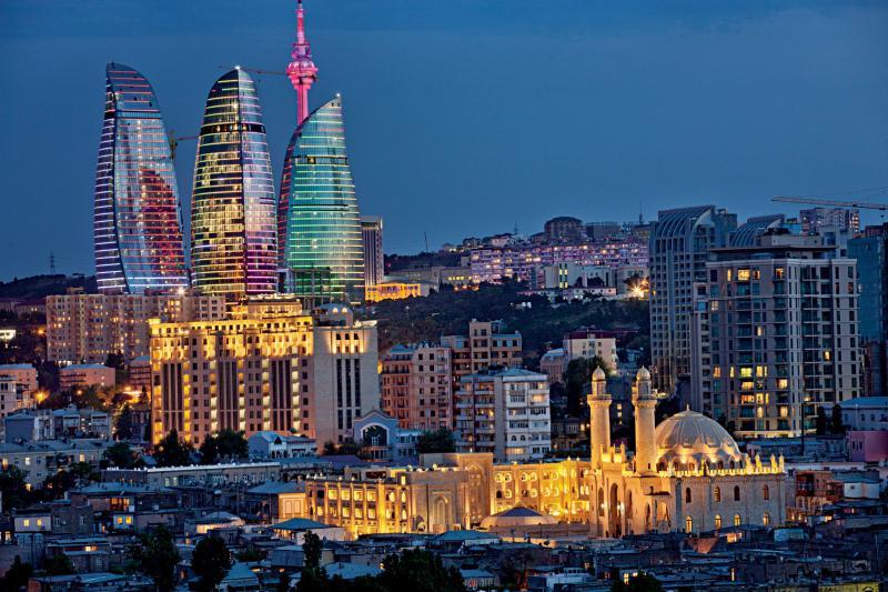 Баку для туристов: интересные достопримечательности и информация о городе