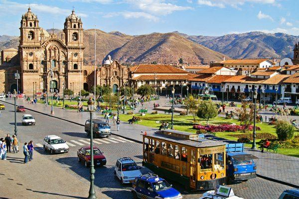 Центральная площадь в Куско и Кафедральный собор