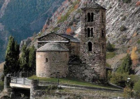 Церковь Сант Хуан де Касельес