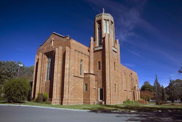 Церковь святого Павла в пригороде Канберры