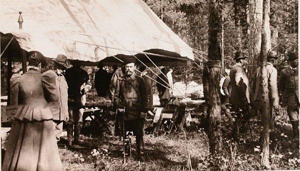 Император Николай II и его свита в Беловежской пуще