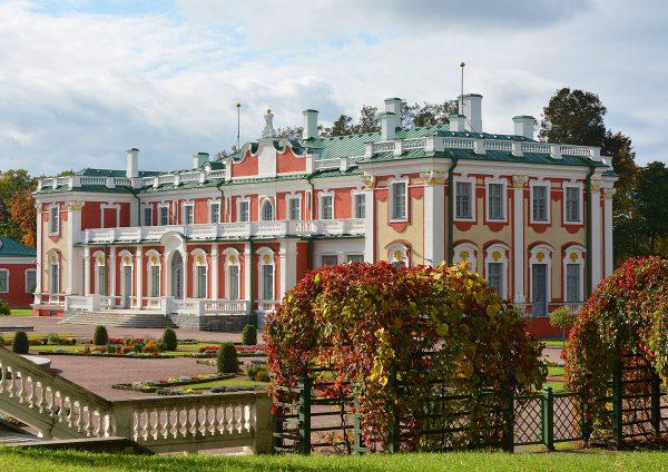 Дворцово-парковый комплекс Кадриорг в Таллине