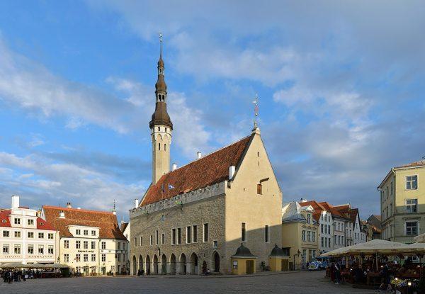 Таллинская ратуша в Эстонии