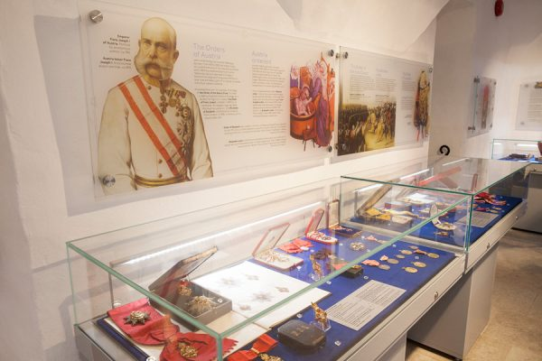 Экспозиции Таллинского музея рыцарских орденов