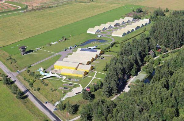 Эстонский музей авиации недалеко от Тарту