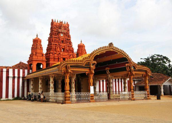 Храм Кандасвами в Северной провинции Шри-Ланки