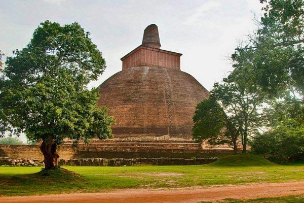 Священный город Анурадхапура