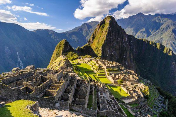 Мачу-Пикчу в солнечную погоду