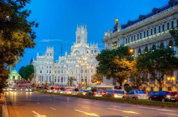 Вид на одну из улиц Мадрида