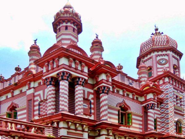 Мечеть Джами Уль Альфар в Коломбо