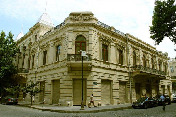 Национальный музей истории Азербайджана в Баку