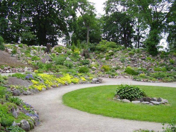 Одна из площадок ботанического сада Тарту