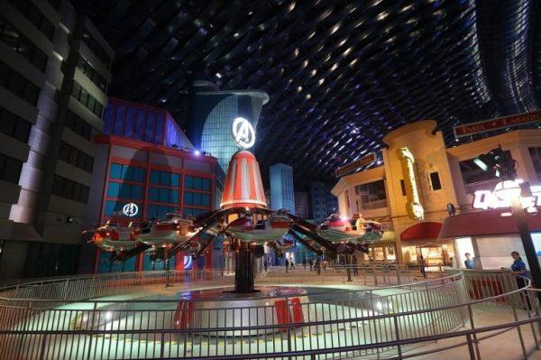 Одна из развлекательных зон парка IMG Worlds of Adventure