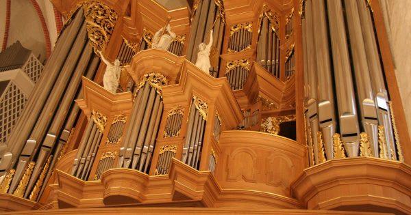 Орган в Sankt-Jacobi-Kirche