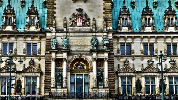 Фасад Ратуши Гамбурга