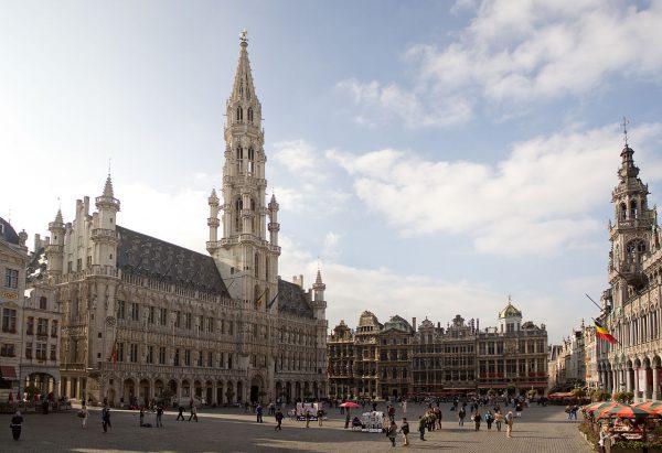 Ратуша на площади Гранд-плас в Брюсселе