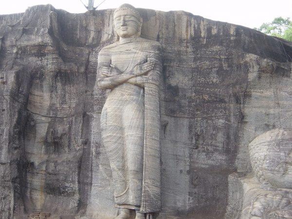 Статуя Будды в Полоннарува