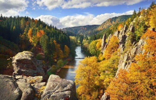 Сватошские скалы в окрестностях Карловых Вар