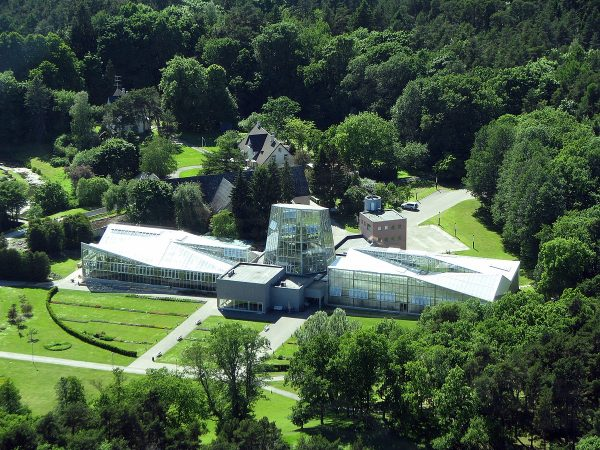 Вид на ботанический сад Таллина