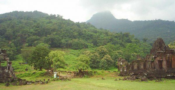 Вид на храмовый комплекс Ват-Пху