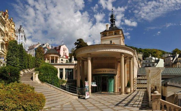 Замковая колоннада в Чехии