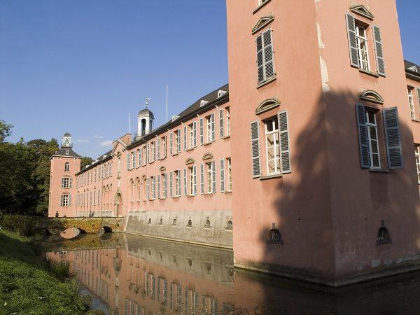 Замок Калькум в Дюссельдорфе