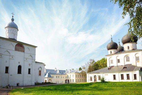 Антониев монастырь в Новгороде